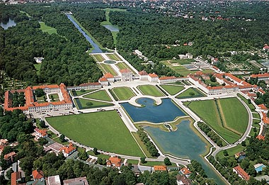 Picture: Nymphenburg palace complex, aerial photograph